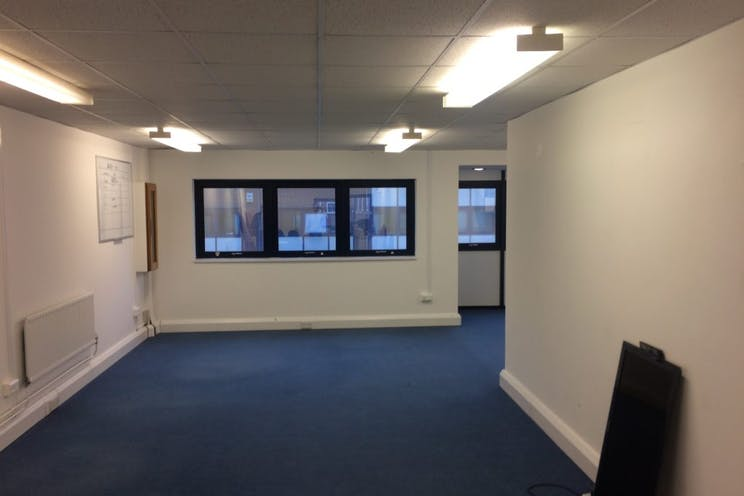 1st Floor Unit 2 Viceroy House, Mountbatten Business Park, Southampton, Office To Let - 238-3872-1024x768.jpg