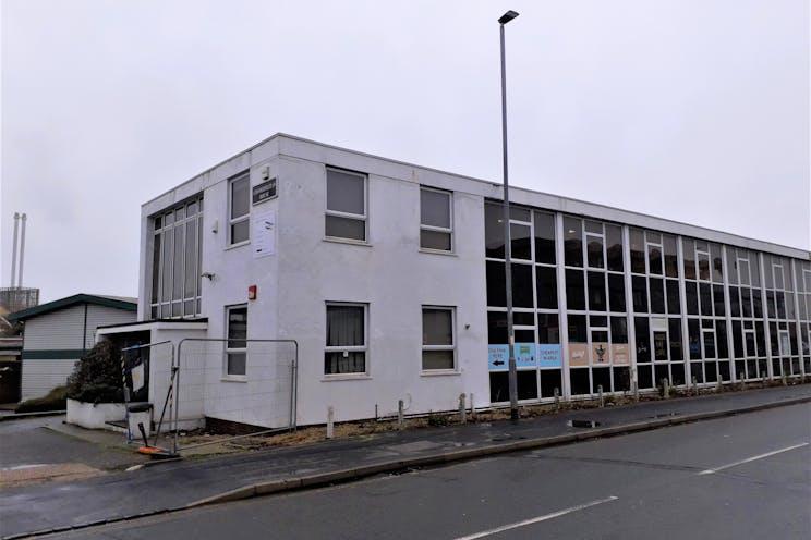Cosmopolitan House, Portsmouth, Industrial For Sale - main (1).jpg