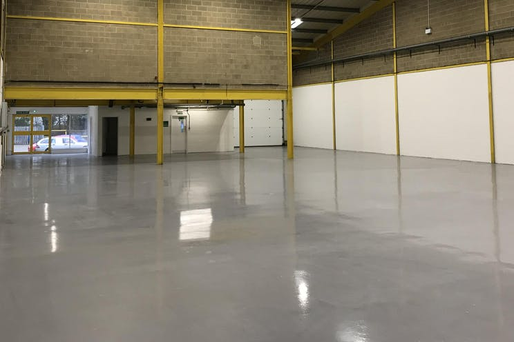 Unit 3 Springlakes Industrial Estate, Aldershot, Warehouse & Industrial To Let - Warehouse internal 2