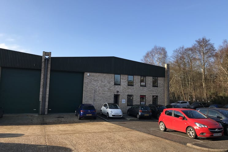 Unit 2H Phase 3 Albany Park, Camberley, Warehouse & Industrial To Let - IMG_1708.jpg
