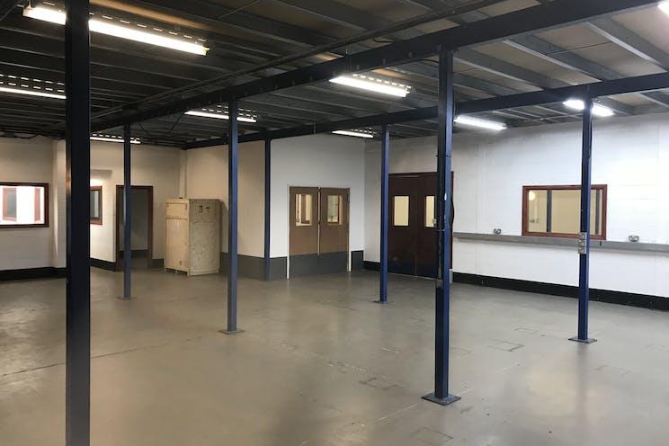 4A Fleet Business Park, Fleet, Warehouse & Industrial To Let / For Sale - IMG_5295.jpg