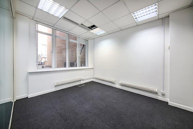 32 St. James's Street, London, Office To Let - IMG_8888.jpg