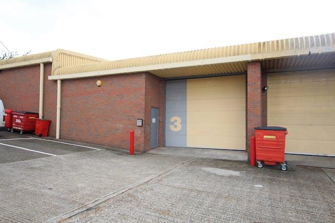 3 Grove Park, Mill Lane, Alton, Warehouse & Industrial To Let - IMG_1801.JPG