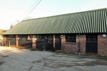 The Old Stables, Cookham Dean, Offices To Let - The Old Stables, Kings Lane Business Park, Cookham Dean, Maidenhead SL6
