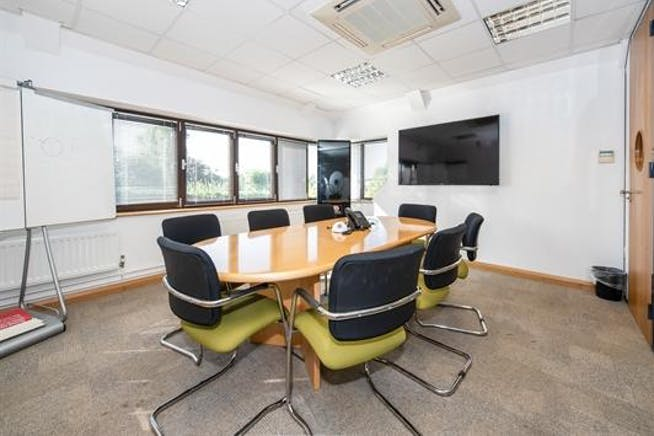 Suite 6, Oxford House, Thame, Office To Let - download (27).jpeg