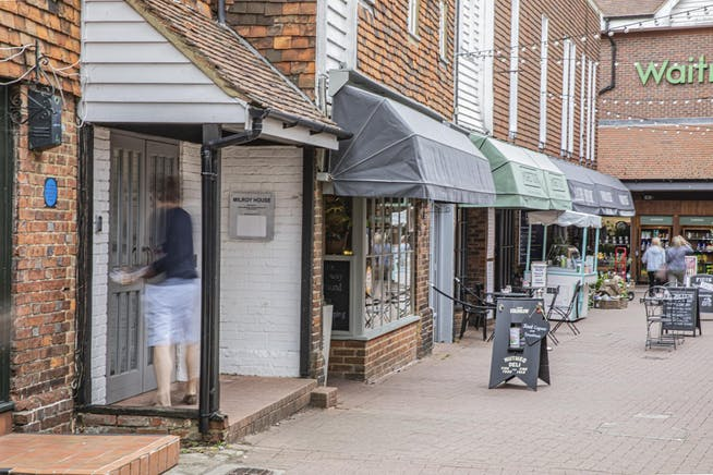 Milroy House, 19-21 High Street, Tenterden, Office To Let - _H1A8996.jpg