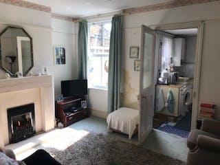 3 Waverley Road, Weybridge, Investments For Sale - IMG_6454.jpg