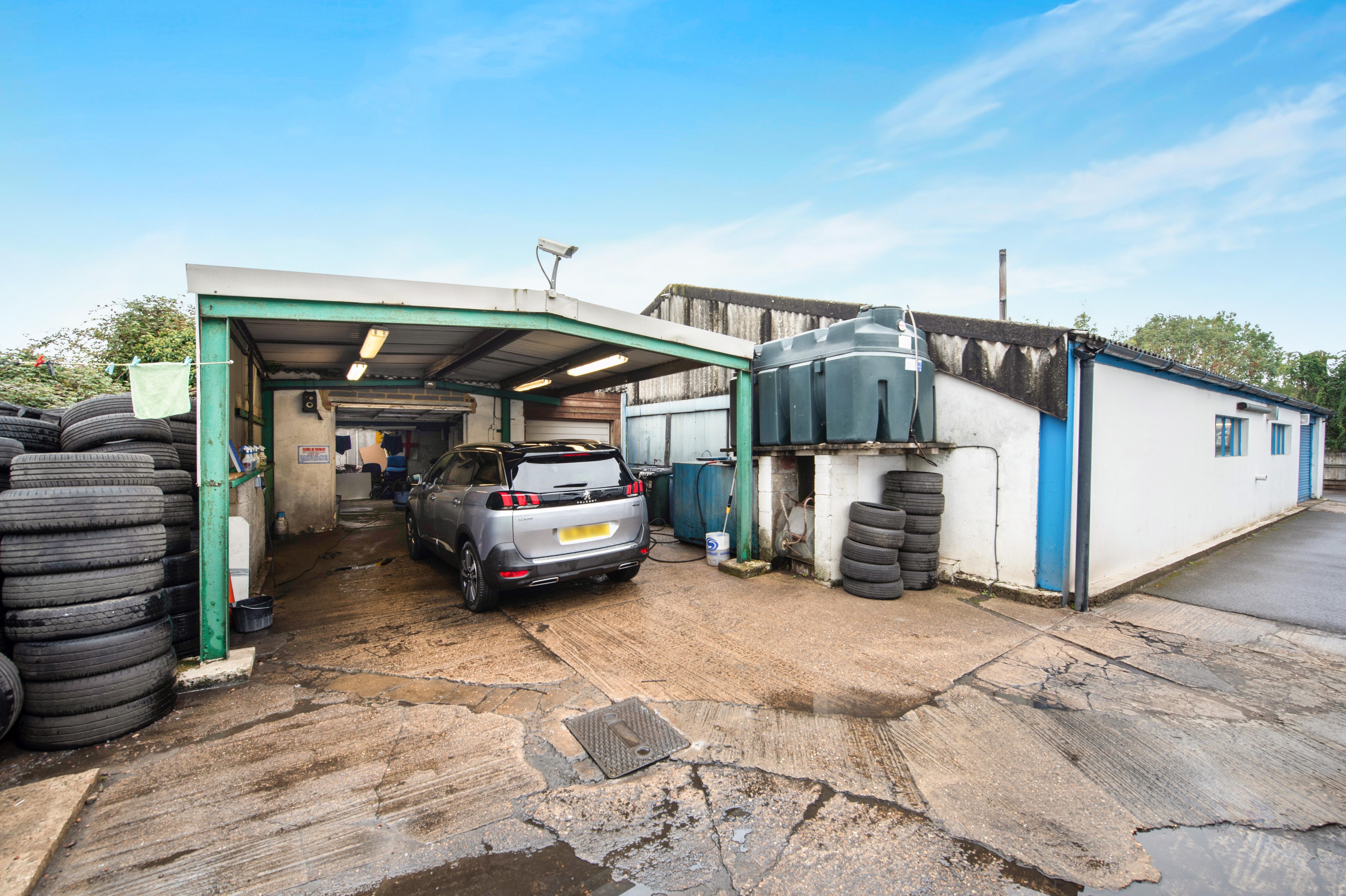 Townsend Garage Thame Road, Haddenham, Industrial For Sale - PREP AREA.jpg