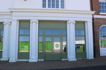 Unit D, Regents House, Crown Square, Dorchester, Office / Retail & Leisure To Let / For Sale - IMG_8376.JPG