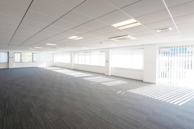 4 Elmwood, Chineham Park, Basingstoke, Offices To Let - DSC_8362_indicative.jpg