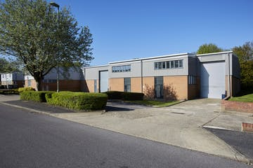 A3/a4 Davy Close, Basingstoke, Industrial To Let - CM1B1780.jpg