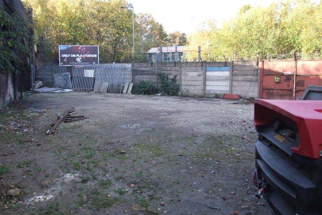 18-26 Meadowhall Road, Sheffield, Open Storage Land For Sale - DSCF7022.JPG