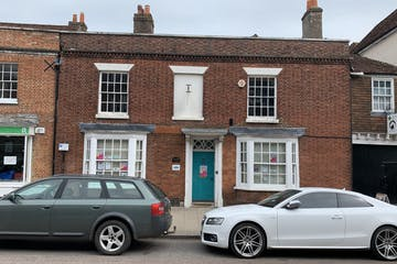 22 High Street, Petersfield, Office To Let - Photo 05052020 10 39 51.jpg