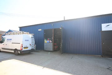 Unit 1 The Blue Barn, Hartley Business Park, Selborne Road, Alton, Warehouse & Industrial To Let - IMG_9796.JPG