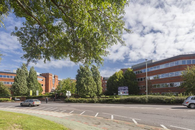 Imperial Place, Borehamwood, Borehamwood, Offices To Let - IMP_002.jpg