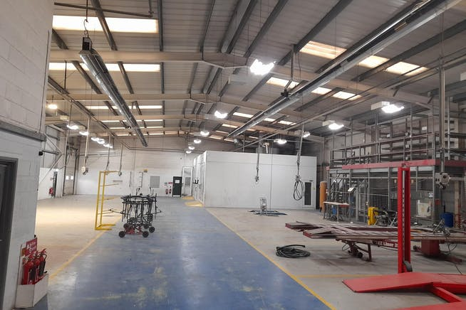 J Davy, Churchill Way West, Basingstoke, Warehouse & Industrial To Let / For Sale - Image 3
