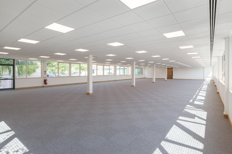 Kings Court, Leatherhead, Offices To Let - KingsCourt_bpp_068.jpg