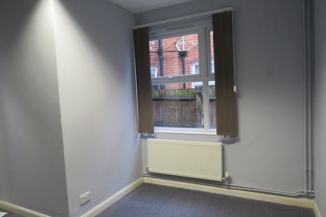 GF Office Suite, 57 Lynchford Road, Farnborough, Offices To Let - IMG_0569.JPG