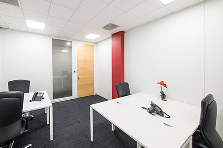 Venture House, Arlington Square, Bracknell, Offices To Let - bracknell venture regus2.jpg