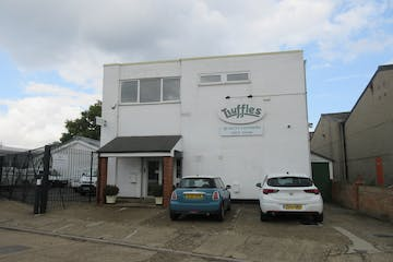 Allied House, Abbot Close, Byfleet, Offices / Warehouse & Industrial To Let - IMG_2125.JPG