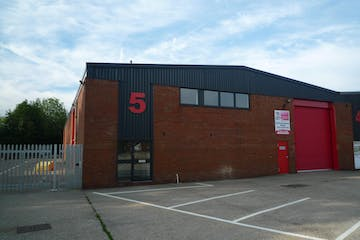 5 Brook Trading Estate, Deadbrook Lane, Aldershot, Warehouse & Industrial To Let - P1090163.JPG