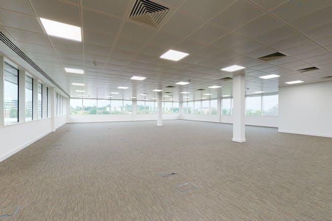 3 Arlington Square, Bracknell, Bracknell, Offices To Let - 8422308interior06.jpg