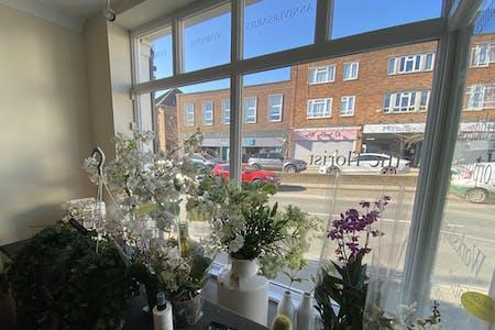 15 High Street, Westerham, Retail To Let - IMG_8295.jpg