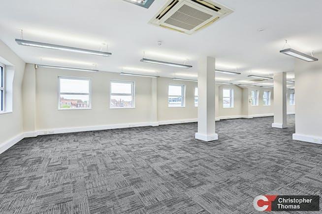 Europa House, Gerrards Cross, Office To Let - 49640c88bd3d4e4ab441a326e343a046.jpg