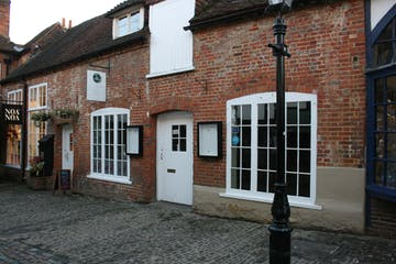 24 Lion & Lamb Yard, Farnham, Retail To Let - IMG_0282.JPG