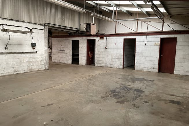 Unit 1a, Thame Road Industrial Estate, Haddenham, Industrial To Let - IMG_3706.JPG