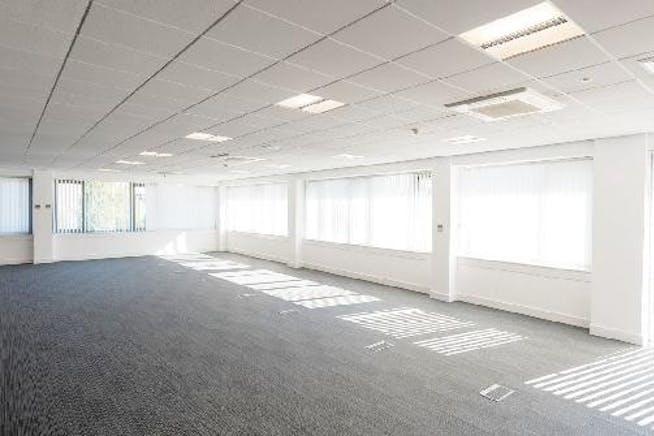 6 Elmwood, Crockford Lane, Basingstoke, Office To Let - Office.jpg