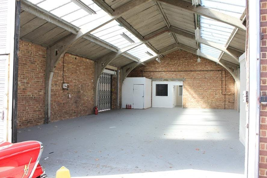 Airport House and Yard, Galleymead Road, Colnbrook, Industrial To Let - Airport House Colnbrook loading bay.jpg