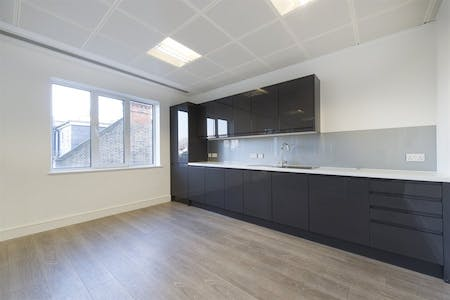 Chiswick Gate, Chiswick, London, Office To Let - 012_Property (1).jpg