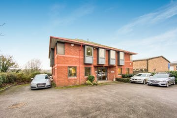 Samuel House, Chinnor Road, Thame, Office To Let - IMG_5583.jpg
