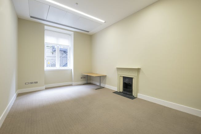 Lower Ground Floor, 12 Devonshire Street, Marylebone, London, Office To Let - IW-140220-MH-062.jpg