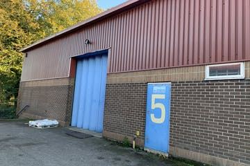 Unit 5, 6 & 7 Amey Industrial Estate, Petersfield, Industrial To Let - Photo 04112020 15 14 52.jpg