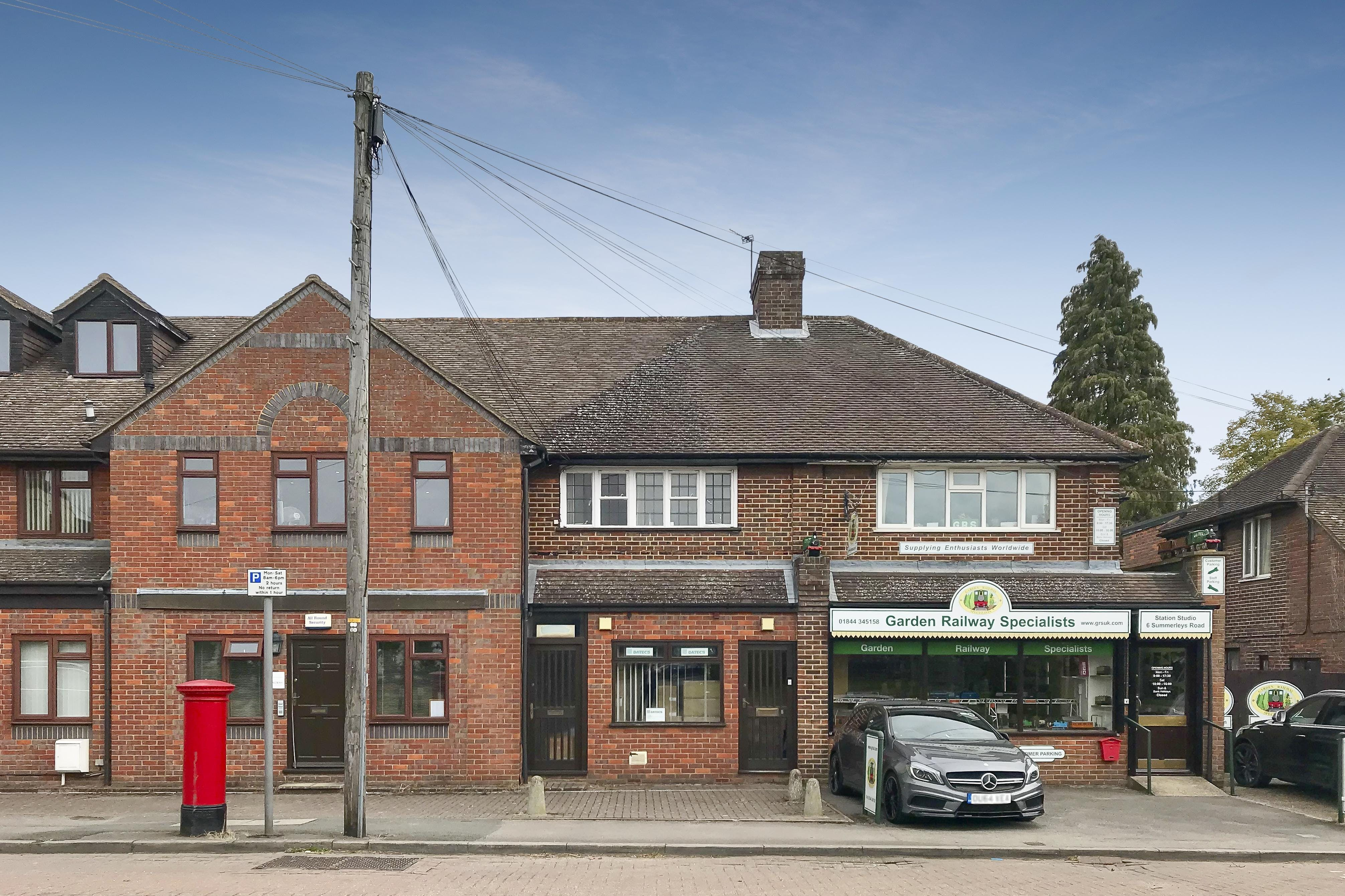 8/8A Summerleys Road, Princes Risborough, Office To Let - FIELDS-1.jpg