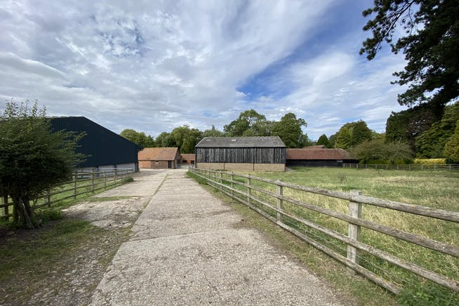 Straw Barn Manor Farm, Aston Rowant, Industrial To Let - IMG_8783.JPG