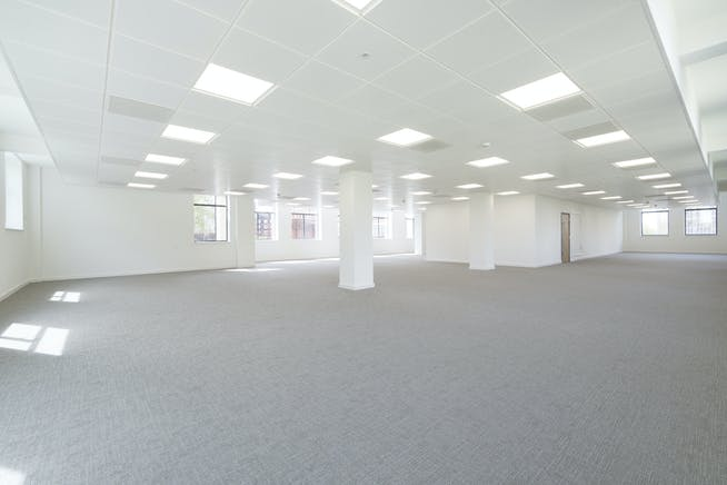 Lyric House, Hammersmith, Hammersmith, Offices To Let - IW260418GKA096a.jpg