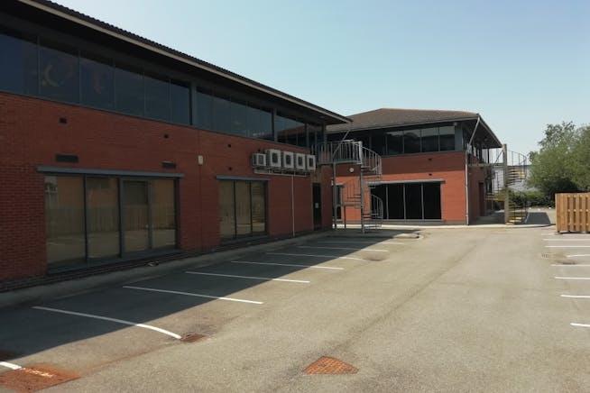 Unit 3, E-Centre, Bracknell, Offices To Let - IMG_20200623_142515_resized_20200625_022445353.jpg