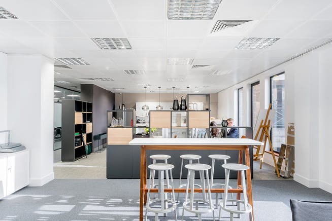 Sentinel House, Marylebone, London, Office To Let - sentinel-house-marylebone-office-to-let-informa-lmeeting-sapce.jpg