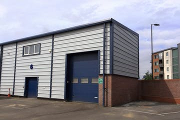 6 The Glenmore Centre, Southampton, Industrial To Let - 6 Glenmore Front Lighter.jpg