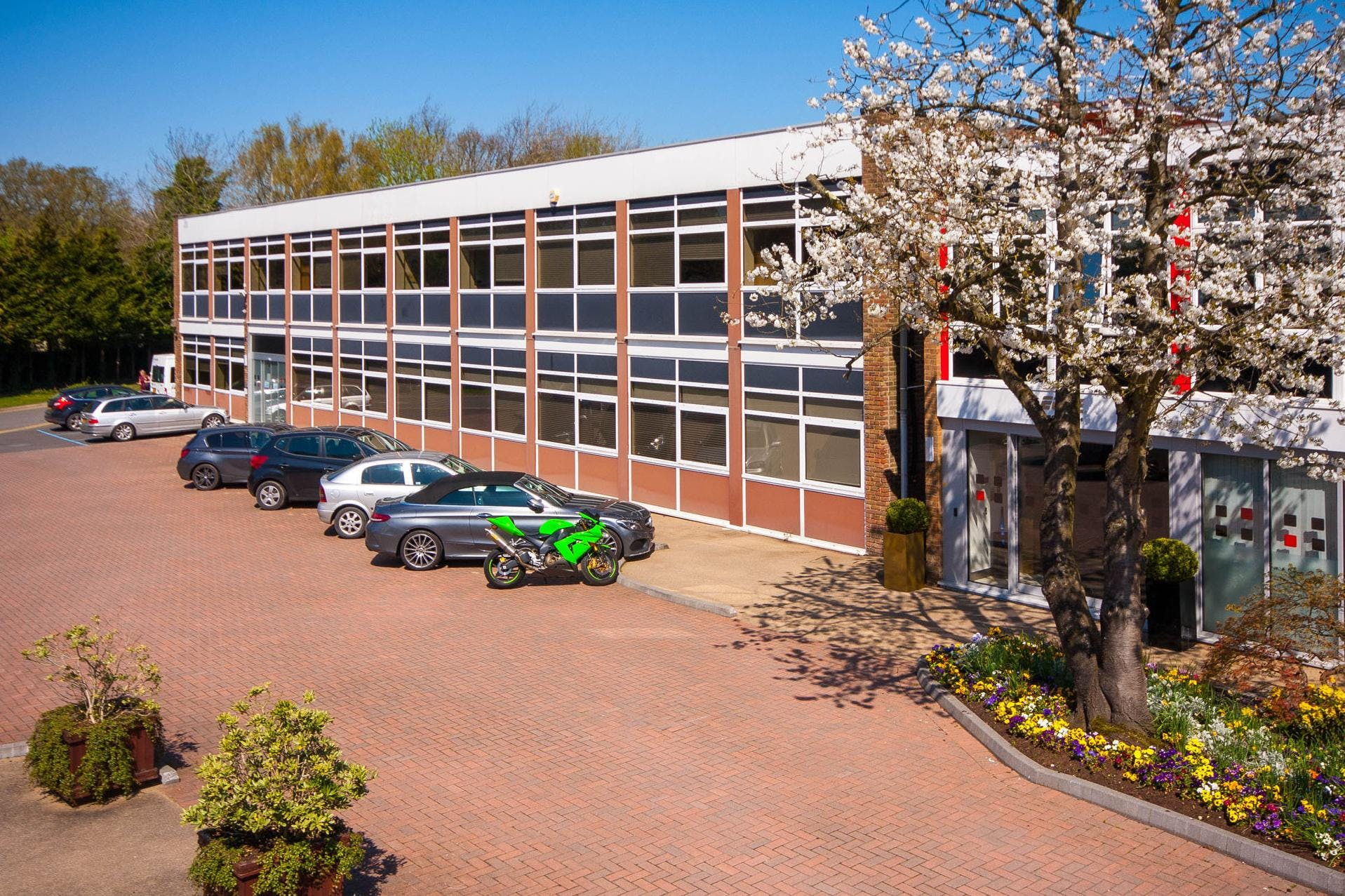 Lansbury Business Estate, 102 Lower Guildford Road, Knaphill, Woking, Office To Let - LBE-unit-17-12-1920.jpg