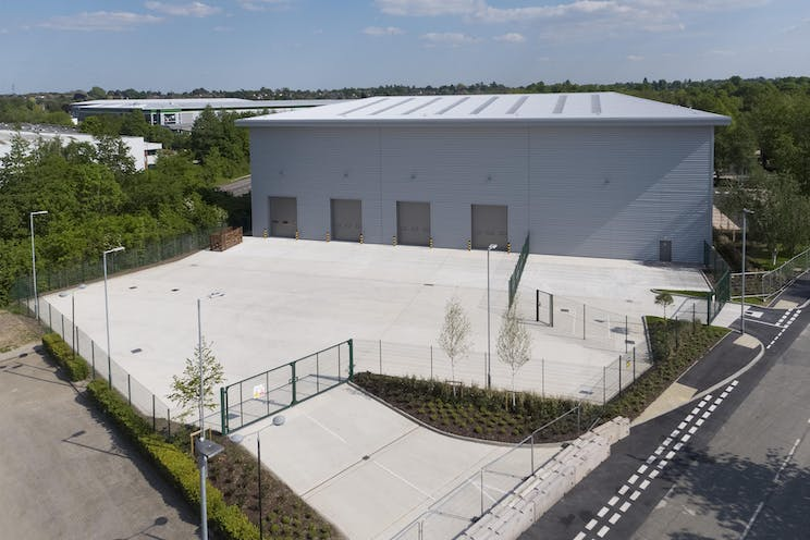 Unit 21, Suttons Business Park, Reading, Industrial To Let - IW-160519-CA-013-crop.jpg