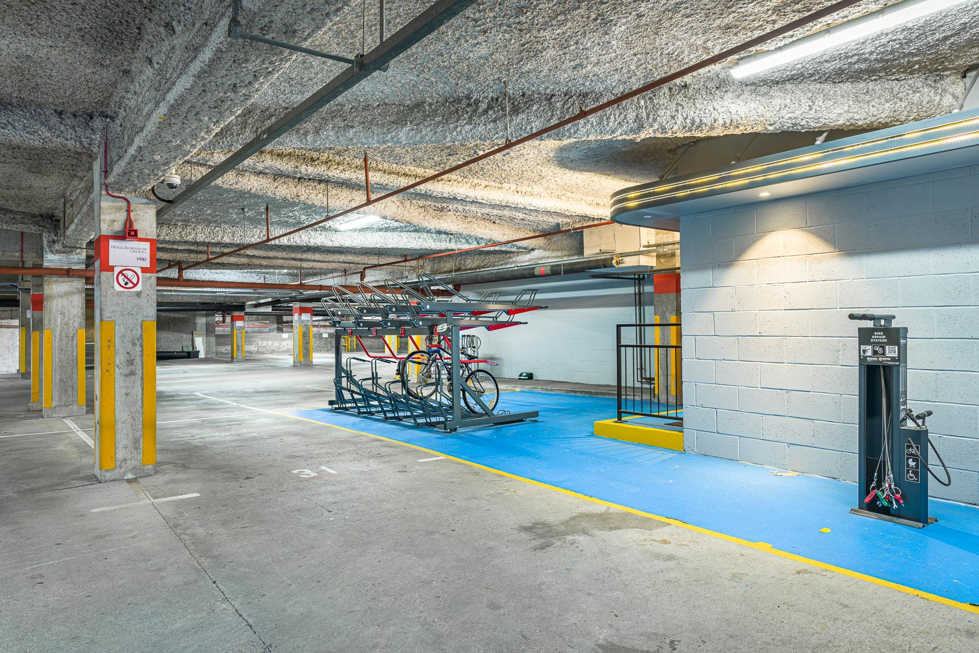 4Th Floor, Spectrum Point, Farnborough, Office To Let - DSC01713.jpg