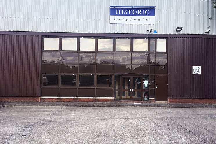 Unit A1, Worton Grange Industrial Estate, Reading, Industrial To Let - Outside2LR.jpg