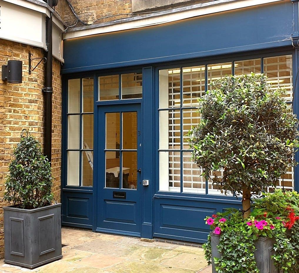 Unit 31 Smiths' Court, London, Retail To Let - Unit 31 Smiths Court .jpg