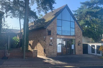 Williamson House, Claremont Lane, Esher, Offices / Trade Counter To Let - williamsonhouse4.jpg