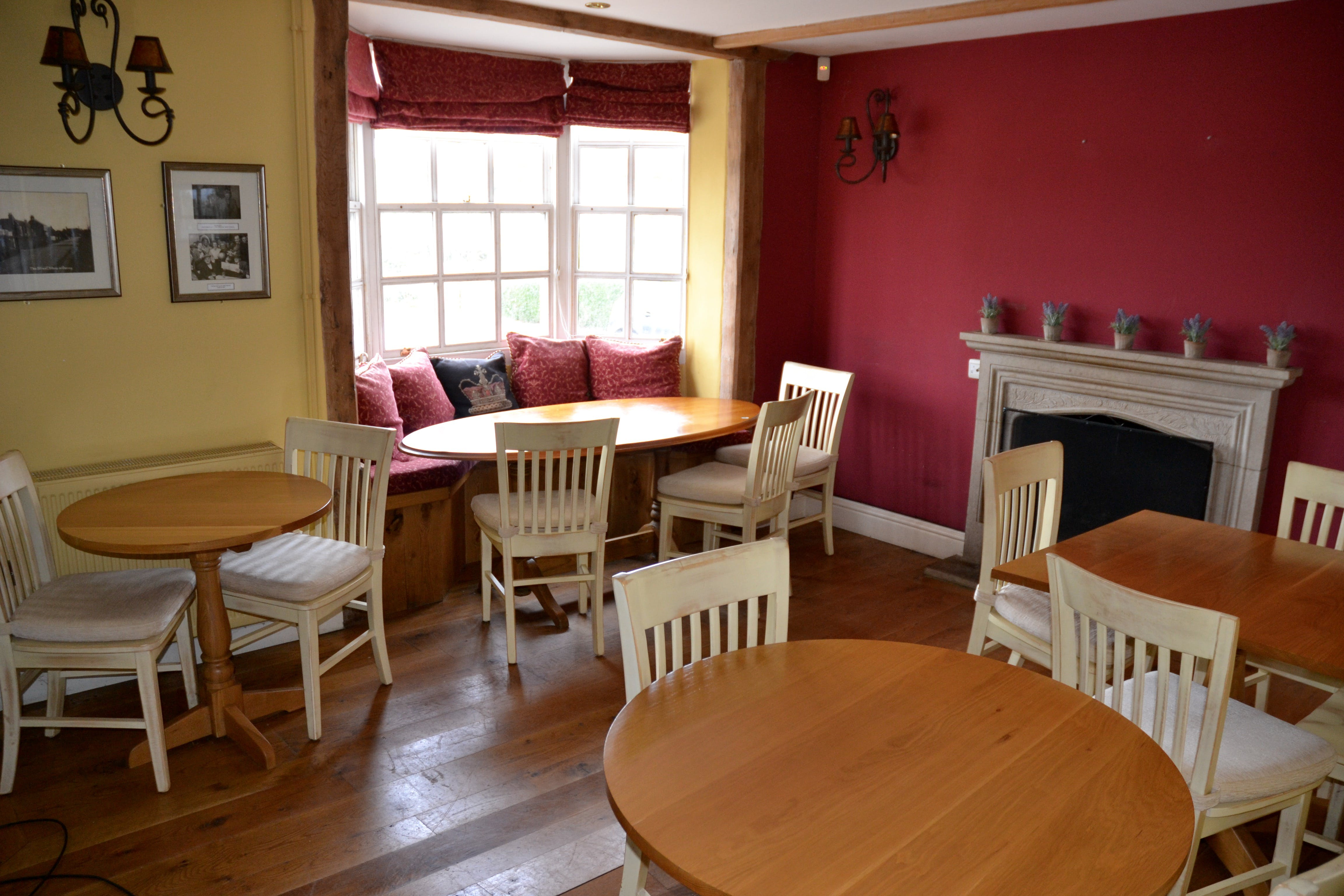 The Crown Inn, Tenterden, Leisure / Retail For Sale - DSC_0028.jpg