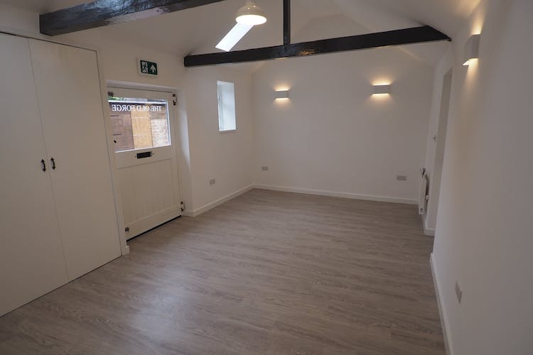 The Old Forge, Lindfield, Industrial / Office / Retail To Let - P6300426.JPG